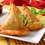 Samosa Chat (2 pcs)